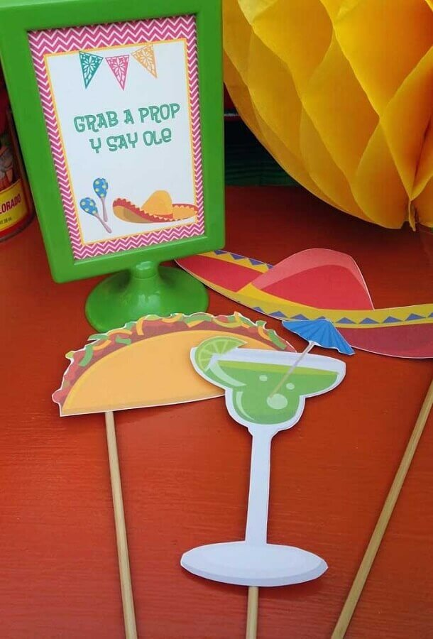 fun plaques for mexican party Photo Catch My Party