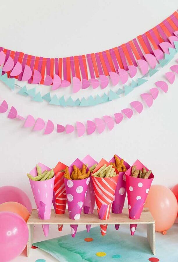 paper straws with snacks for simple children's party Photo Tell Love and Party