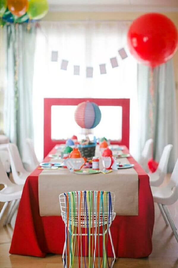 simple red children's party with colorful details Photo 100 Layer Cakelet