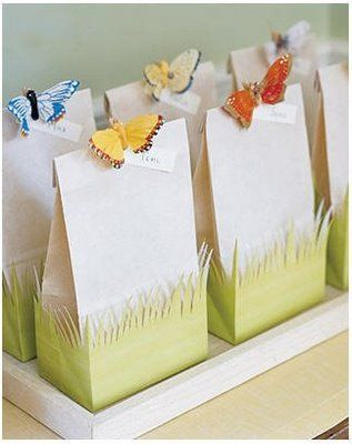 Surprise bag with butterflies in the decoration