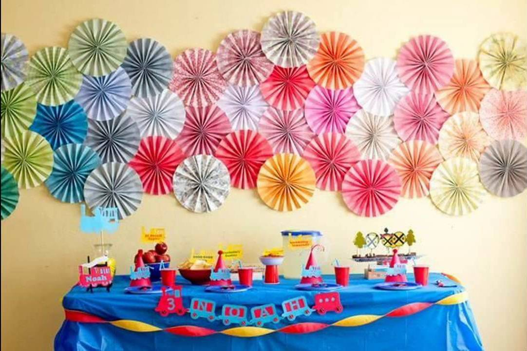 children's party decoration with accordion paper background
