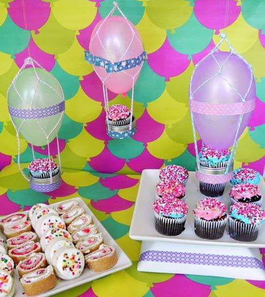 cupcake party decoration and bladders