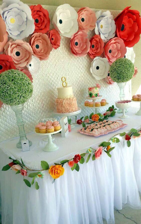 delicate children's party decoration