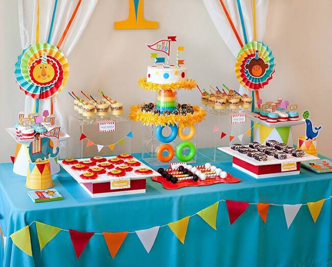children's party decoration boy circus flags
