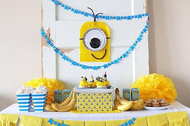 children's party decoration minions