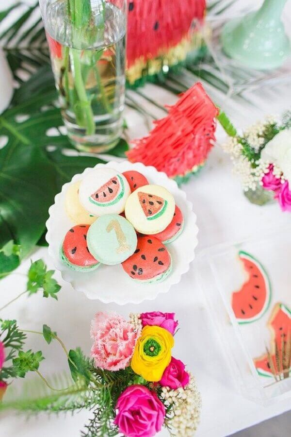 decorated sweets for simple tropical party Foto Pinterest