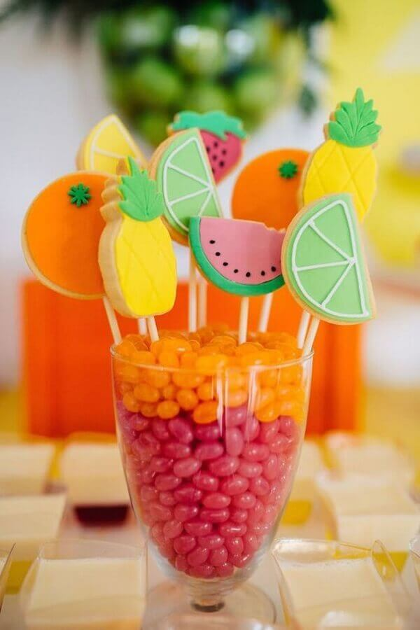 Fruit-shaped sweets for tropical parties Foto Pinterest
