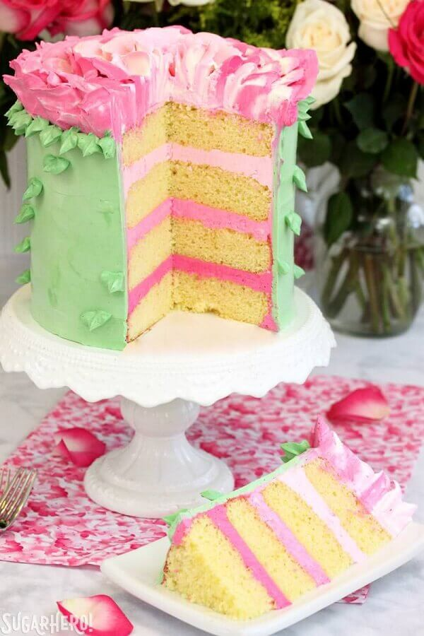 simple tropical cake model Foto SugarHero