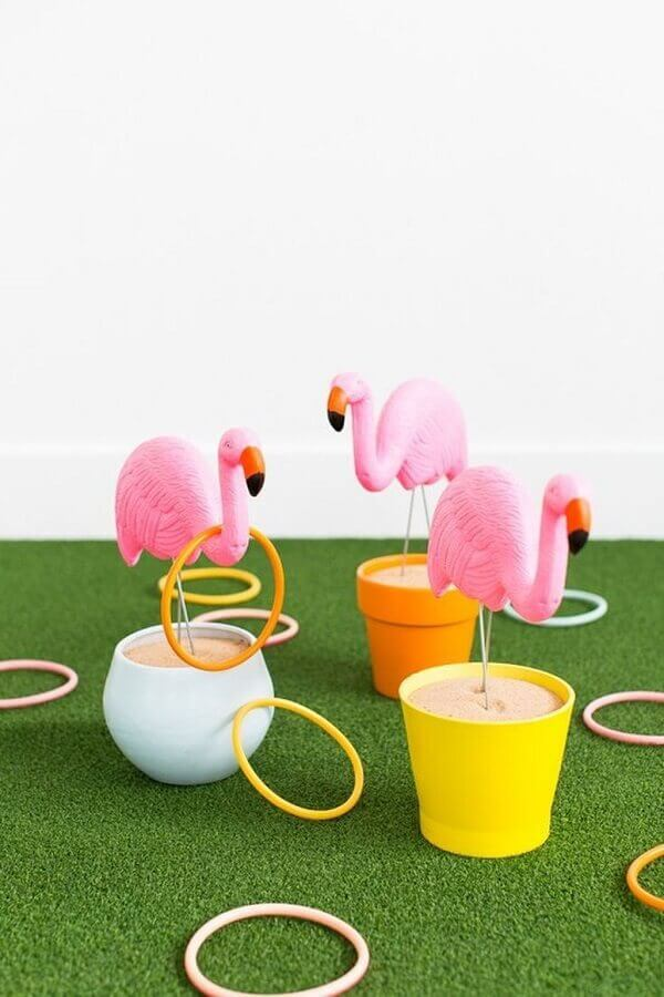pots with flamingos for tropical party Photo Trend4homy