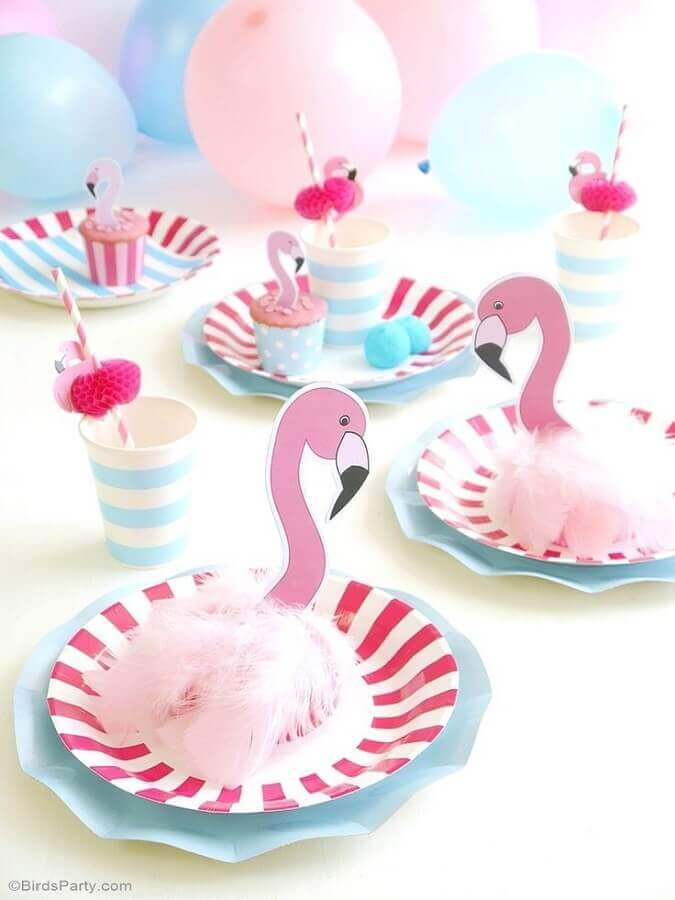 decorated dishes for tropical flamingo party Foto Pinterest