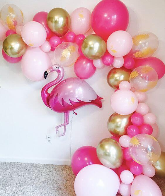 Decoration for tropical flamingo party
