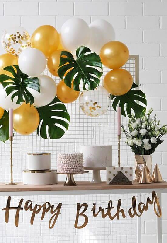 Tropical party in the home decoration