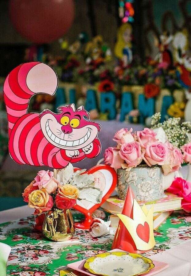 decorated guest table for alice party in wonderland Photo My Party