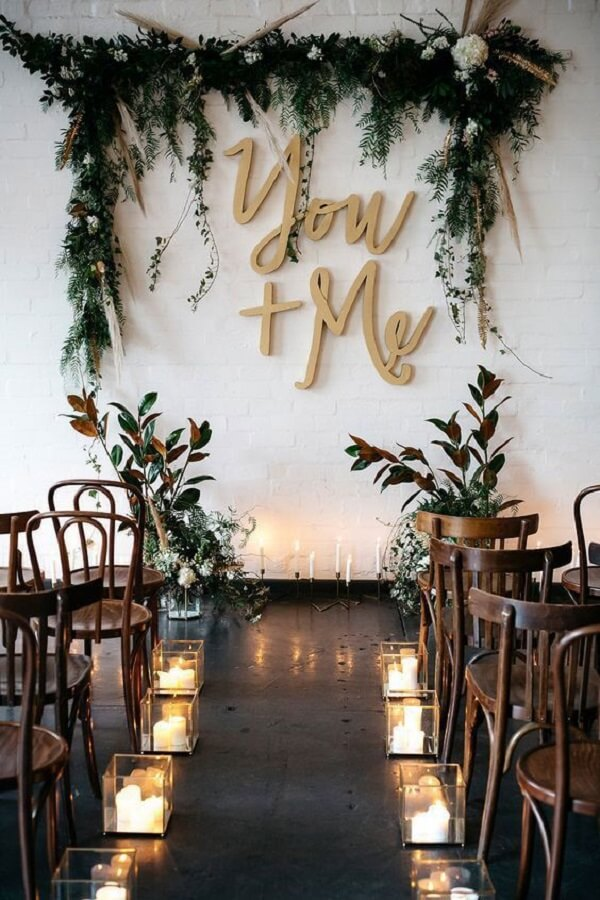 Dazzling simple wedding decoration