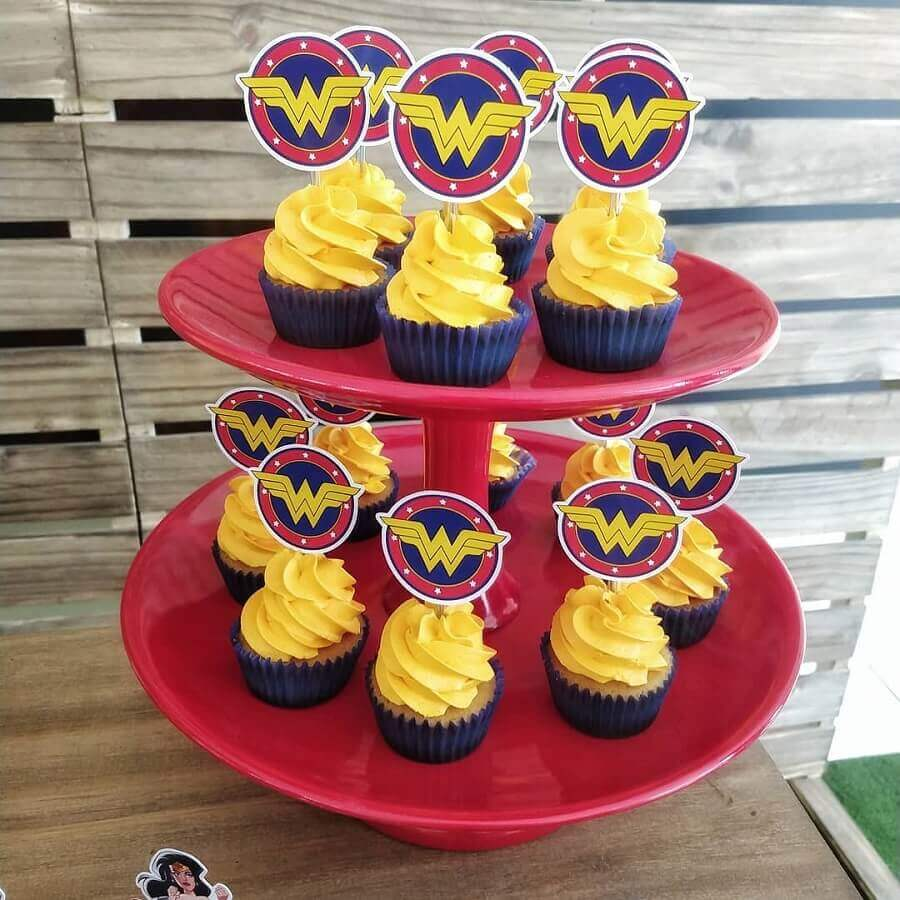 cupcakes for Wonder Woman Party Photo Cherry Bomb Arts and Parties