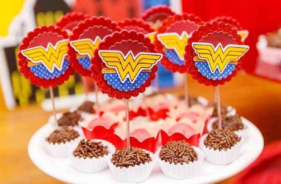 candies for Wonder Woman party Photo PopSugar