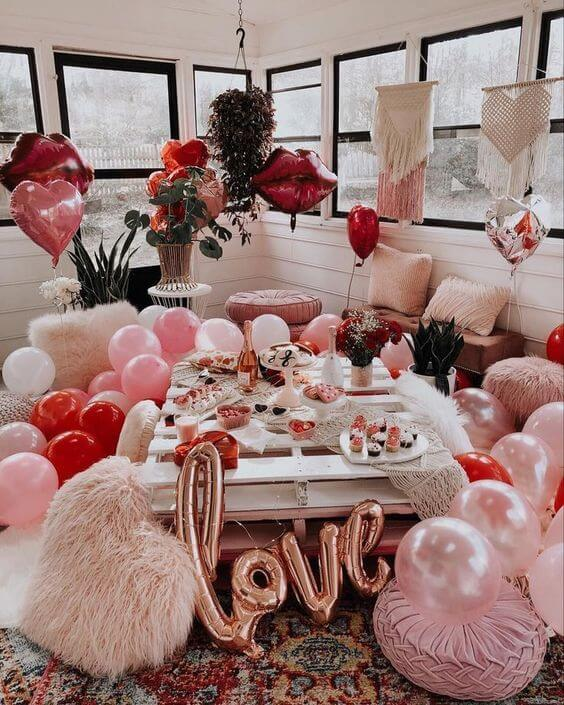 Enjoy Valentine's Day ideas and decorate your home