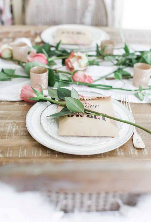 Valentine's Day ideas decorated with flower