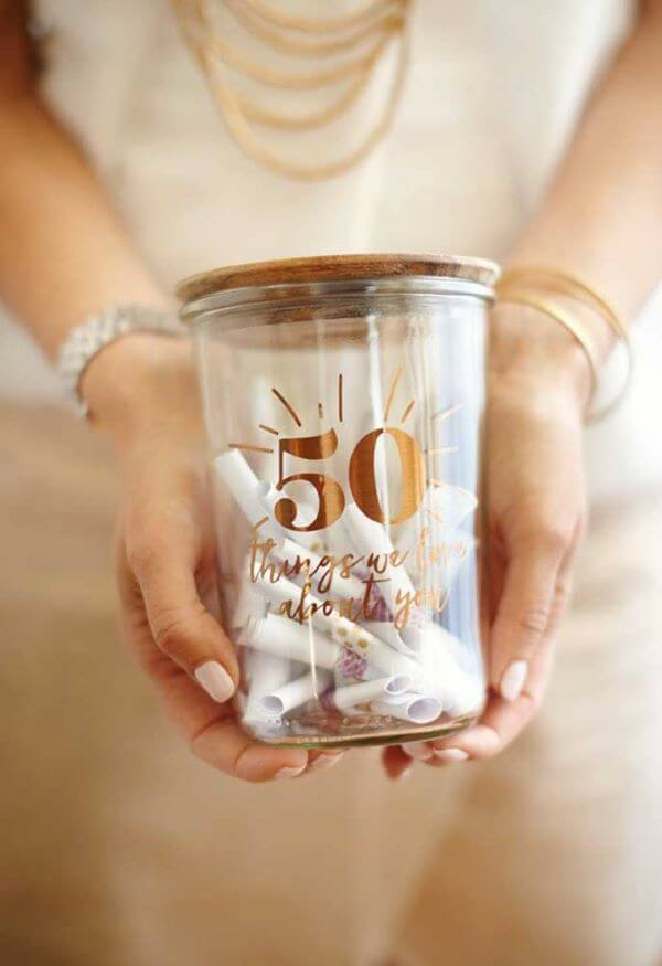 Valentine's Day ideas, pot of 50 facts that you love in your love