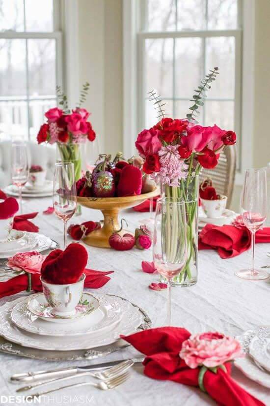 Valentine's Day ideas at the decorated dinner