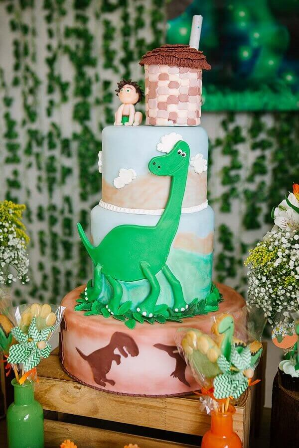 cake decorated with american pasta for dinosaur party Photo 100 Layer Cake
