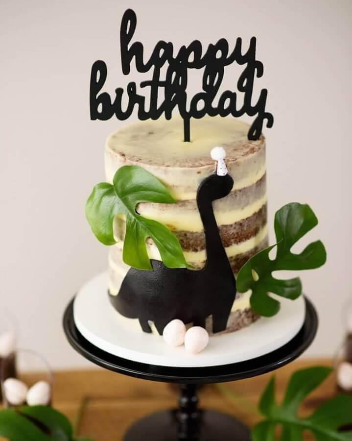 decorated cake for dinosaur party Photo Tani Rosenda