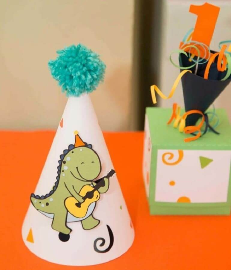 little hat for dinosaur party baby Photo Colorful Elephant