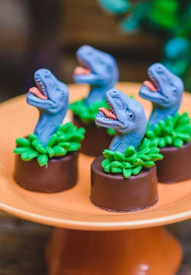 Dinosaur theme party candies Photo Pinterest