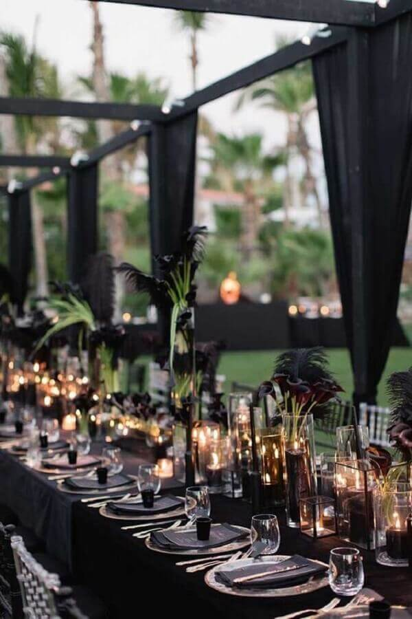 black as colors for sophisticated wedding Photo Rock My Wedding