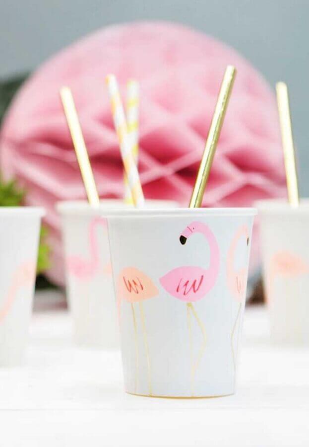 personalized glasses for children's flamingo party Foto Webcomunica