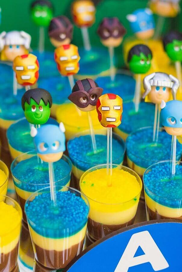 fun sweets for avengers party Foto Pinterest