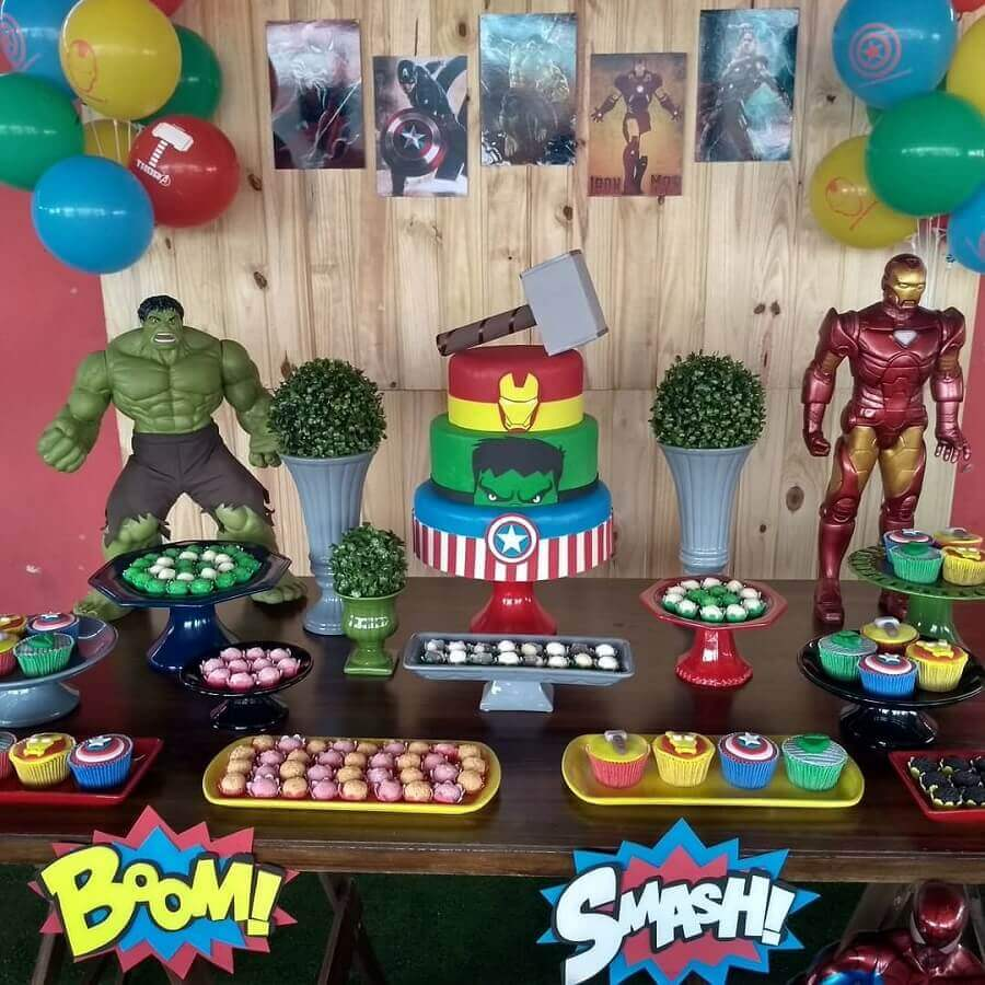 candy table for simple avengers party Photo Lea Create and Decorate