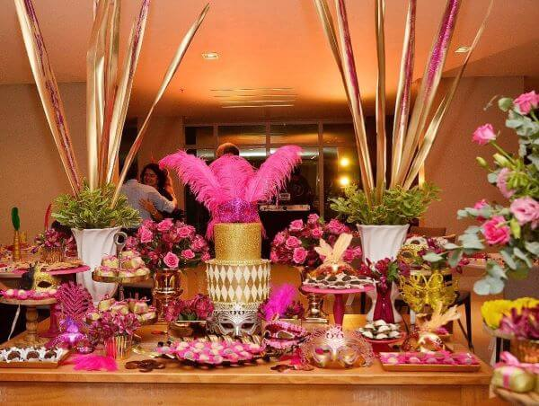 Golden and pink decoration at the ball