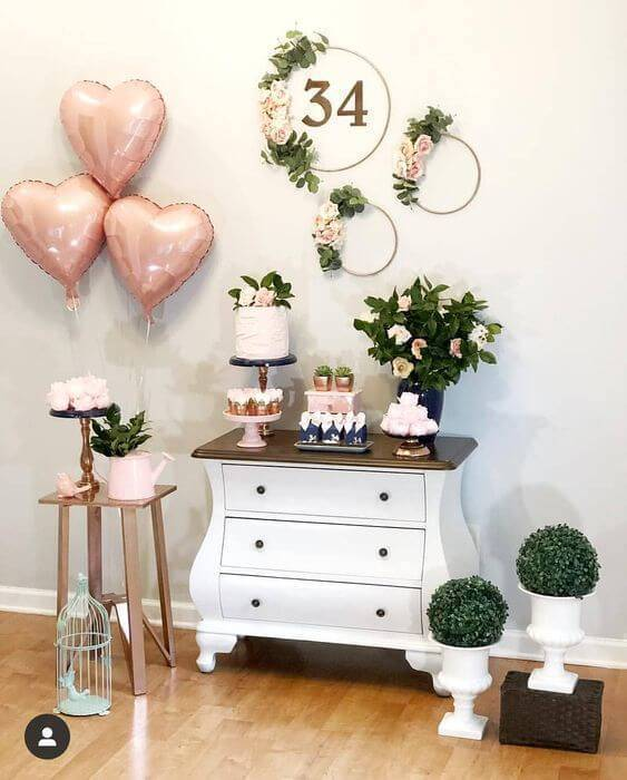 Simple and beautiful home party decoration