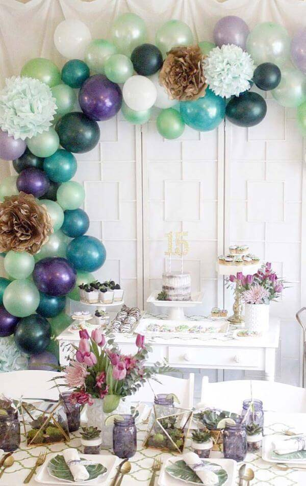 Party at home for 15 years with beautiful and simple purple tones