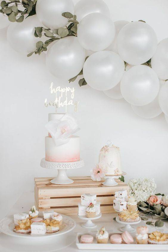 Party at home with light and delicate colors