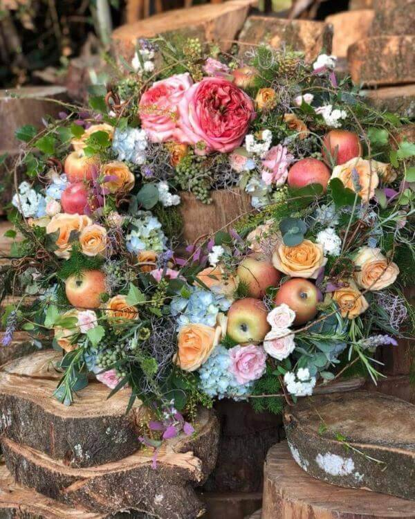 Decoration with flowers and fruits