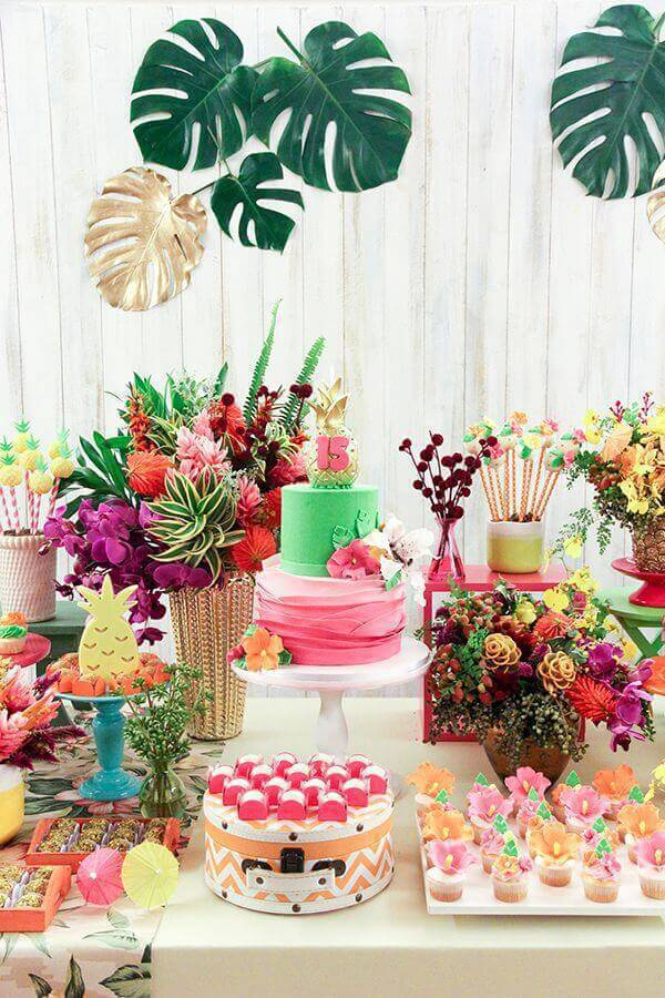 Decoration with flowers for birthday
