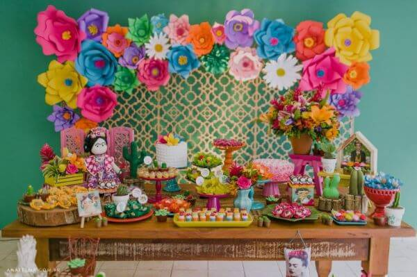 Decoration with birthday flowers