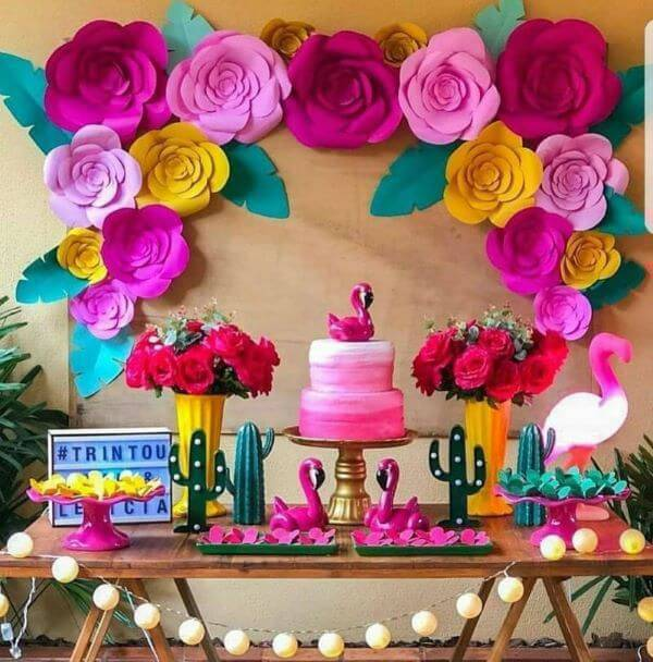 Decoration with flowers for birthday with paper flowers