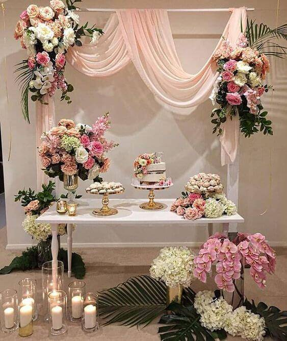 Decoration with flowers for birthday party