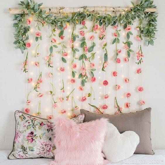 Artificial flowers in home decoration