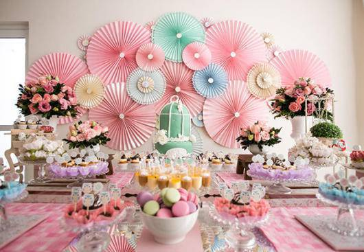 Colorful flowers in the birthday party decoration