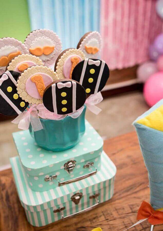 chocolate lollipops decorated for party world bita Foto Pinosy