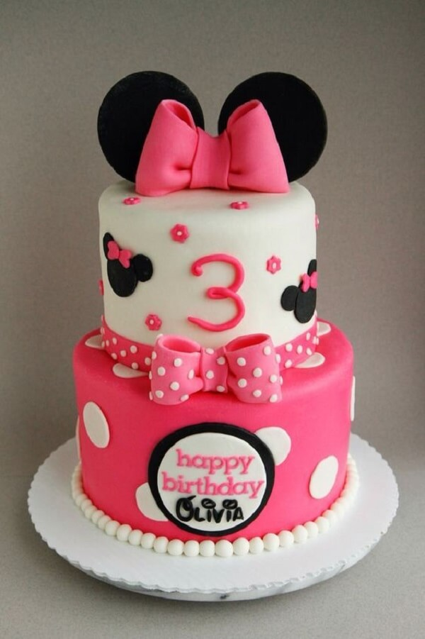 American briefcase cake with Minnie theme