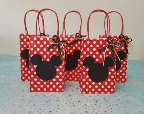Red Minnie's party souvenirs