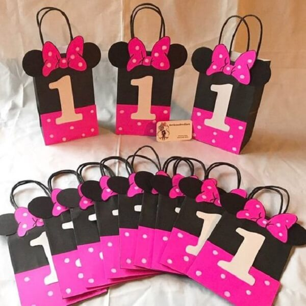 Little souvenir bag with the theme of Minnie pink's party