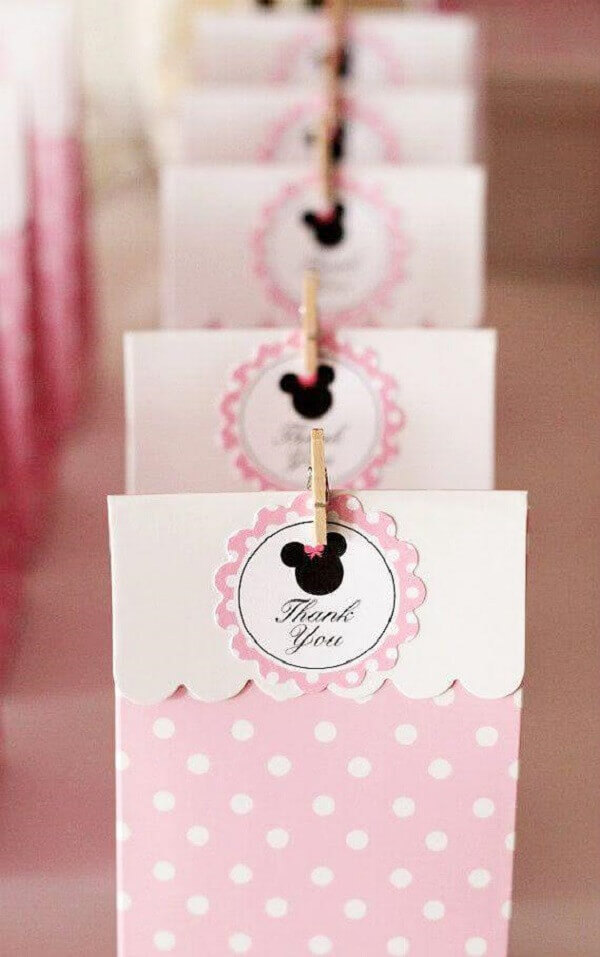 Pink Minnie party-themed souvenir paper bags
