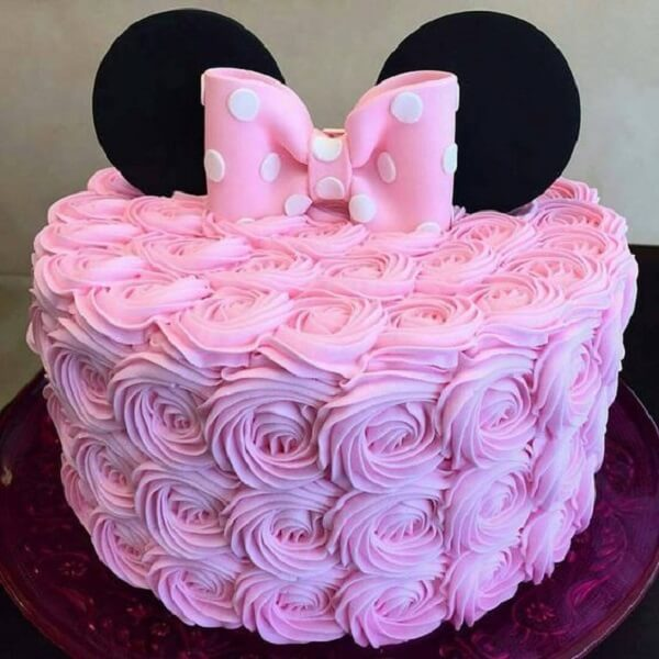 Minnie's party theme cake