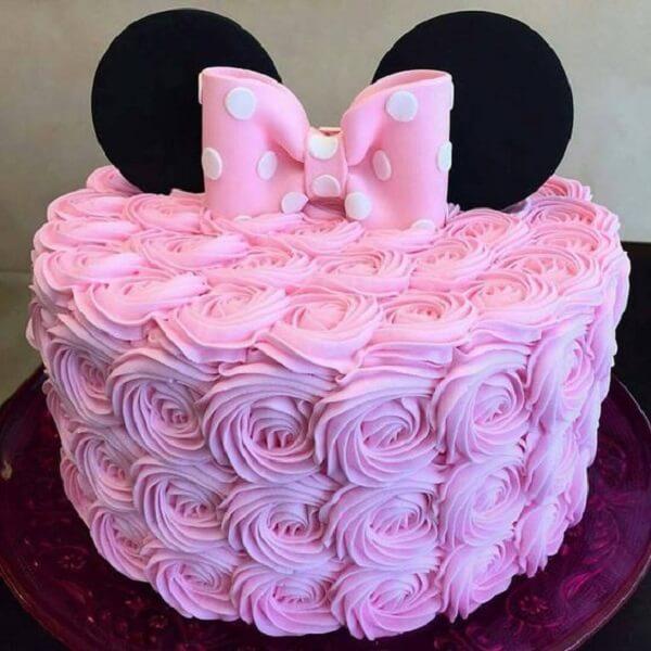 Minnie's party theme cake